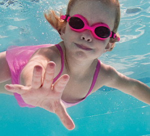how to teach swim lessons for beginners